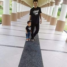 Ashabul kahfi tees.  Couple daddy and kids.
