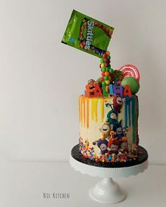 """There's a little odd in everybody""  . Never heard of Oddbods but the cake was fun to make  . #nixkitchen #dripcake #drippycake #oddbods #oddbodscake #buttercream #cakeart #cakecakecake #rainbow #malaysiacakes #klcake #timeoutkl #birthdayideas #jualkek #sayajualcake #clicksforcakes #cakeporm #instafood #whatibakedtoday #bazaarpaknil #lokalah #igersmalaysia"