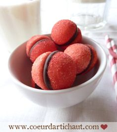 Boules fraise tagada et chocolat, par Coeur d'artichaut