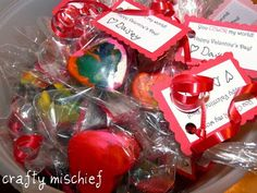 Crafty Mischief: Lovely Recycled Crayon Hearts (or other shapes!)