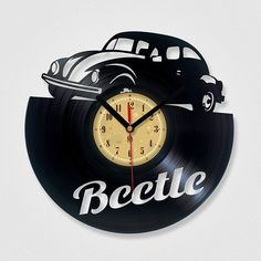 Vinyl Eaters is an upcycling product made from vinyl records. Cool gift ideas for music lovers. Vinyl Record Projects, Vinyl Record Clock, Vinyl Records, Dremel, Clock Art, Diy Clock, Clock Ideas, Laser Cutter Projects, Cnc Projects