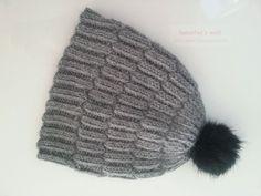 Gestrickte Mütze im rechts/links Muster mit doppeltem Faden aus Baby Alpaka Wolle von Wolle Rödel 4