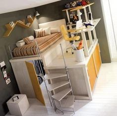 Bed with walking-closet and desk in one