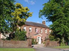 FULL TIME GENERAL ASSISTANT REQUIRED  TEMPLE SOWERBY HOUSE HOTEL & RESTAURANT  Near Penrith – One of Cumbria's finest small hotels! https://www.facebook.com/YourJobsinCumbria/posts/790694431024736
