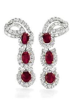 Elizabeth Taylor jewelry via British Vogue                                                                                                                                                                                 More