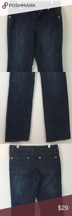 """Michael-Kors-Womens-Denim -Jeans-Size-6 """"Excellent condition - Light use with no obvious wear or flaws . Good as new Size: 6  Waist : 15 1/2""""  Total Length: 43 1/2""""  Inseam: 33 """" Brand: Michael Kors Size Type: Regular Bottoms Size (Women's): 6 Material: 98% Cotton 2% Spandex Inseam: 33 Rise: Mid-Rise Wash: Dark Style: Straight Leg Michael Kors Pants Straight Leg"""