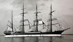 Sailboat Art, Sailboats, Plane Photos, Old Sailing Ships, Ship Names, Classic Yachts, Vintage Boats, Wood Boats, Tall Ships
