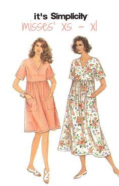 90s Woman's Easy Pullover Caftan Sewing Pattern by KeepsakesStudio