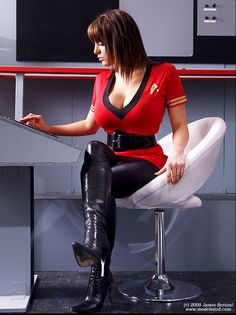 And You Thought Star Trek Was Just For Nerds! 32 Of The Hottest Trekkie Cosplay Girls Star Trek Cosplay, Cosplay Outfits, Cosplay Girls, Star Trek Images, Star Trek Characters, Star Trek Original, Space Girl, Star Trek Universe, Amazing Cosplay