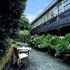 Hotel rural Las Calas. La Lechuza, Gran Canaria (Spain) Tenerife, Canario, Canary Islands, See Photo, Old Houses, Patio, Places, Outdoor Decor, Home