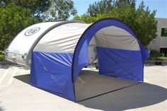 *Fast and easy to setup *No poles to carry or erect *Lightweight - Only 5lbs. *Large 3-way zipper opens the entire side *Adjusts to fit many vehicles with an