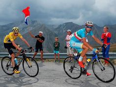 Vincenzo Nibali and Chris Froome in action during stage 17. (Getty Images Sport)