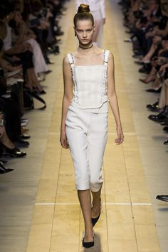 Christian Dior Spring/Summer 2017 Ready-To-Wear Collection