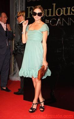 """A socialite Olivia Palermo, tem 23 anos, trabalha como RP da marca  Diane Von Furstenberg e já é considerada a """"It girl"""", que toda aspira..."""