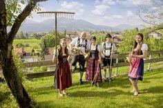 Herzlich willkommen - Welcome  Ferienhof Lechleiter Oy-Mittelberg