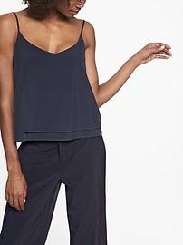 Travel clothes have evolved far beyond basic t-shirts and shorts. Find fashionable and versatile women's travel clothes in the unique collection from Athleta.