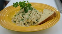 Faux-fredo fettuccini The chef kept the treat creamy and sweet, but slashed almost 700 calories from the recipe!