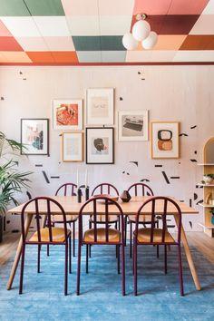 Dinning room ideas @ Art Deco Dream with a Vibrant Checkered Ceiling – Design*Sponge Home Design, Modern Interior Design, Contemporary Interior, Memphis Design, Deco Design, Design Trends, Studio Design, Design Ideas, Interiores Art Deco