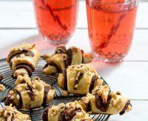 De lekkerste recepten met vers deeg - Tante Fanny Nutella, Quiche, Cereal, Breakfast, Desserts, Chorizo, Food, Asparagus, Seeds