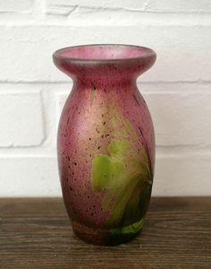 Vase - Glasvase - Glas - irisierend - signiert Franz Austen