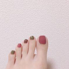 The Most Trendy Fall Nail Designs You'll Love - trend nail ideas! Nails Now, Love Nails, Pretty Nails, My Nails, Toe Nail Designs, Fall Nail Designs, Happy Nails, Pedicure Nail Art, Feet Nails