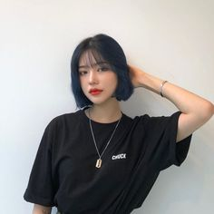 Kpop Short Hair, Ulzzang Short Hair, Korean Short Hair, Short Hair Cuts, Kpop Hair Color, Korean Hair Color, Baddie Hairstyles, Girl Hairstyles, Shot Hair Styles