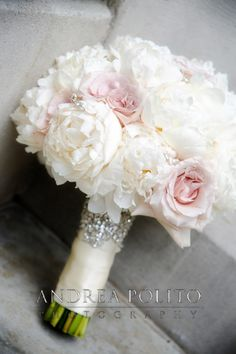 Andrea Polito Photography #Bride #Bouquet #Florals