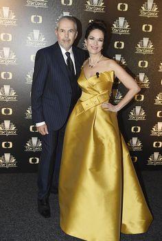 Tereza Kostková a Marek Eben se opět ujali moderování StarDance. Elegant, Dresses, Classy, Vestidos, Dress, Gown, Chic, Outfits, Dressy Outfits