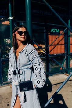 How to do NYC like an 'It' girl: http://chroniclesofher.com/how-to/guide-to-new-york/?utm_campaign=coschedule&utm_source=pinterest&utm_medium=CHRONICLES%20OF%20HER%20-%20Fashion%20and%20Beauty%20Daily&utm_content=An%20It%20Girls%20Guide%20To%20New%20York%20%7C%20CHRONICLES%20OF%20HER