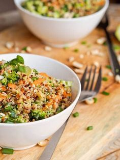 Thai Veggie Quinoa Bowl makes for the perfect summer one pot meal. Full of crunchy flavors and a sharp, tangy Asian inspired dressing. Vegan and Gluten-Free