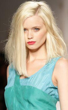 baby blonde messy hair