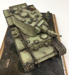 Russian WWII tank model. #KV-1. Soviet. #Friulmodellismo tracks and eduard photo etch detail set. #Russian #tank. #scalemodel #plastimodelismo #miniatura #tminiature #plastickits #usinadoskits #udk #modelismo #hobby #modelism #modelisme #tank #tanque #scalemodelkit #dragon