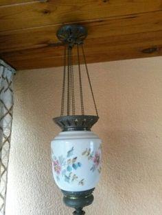 Lámpara antigua de porcelana y latón. MMZ.