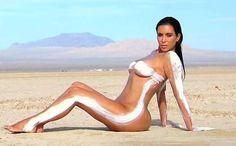 Kim Kardashian no se detiene: Se desnudó para el último episodio de su reality show - 24horas.cl