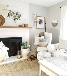 Bright and light living room decor