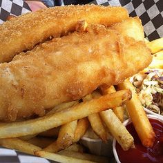 Often sorely missed by the gluten-free population, this recipe succeeds in bringing back an angler's favorite—tender beer batter-dipped fish and chips. Gluten Free Fish And Chips, Gluten Free Beer, Gluten Free Fish Batter Recipe, Vegan Fish And Chips, Gf Recipes, Fish Recipes, Seafood Recipes, Cooking Recipes, Beer Battered Fish