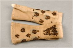 click through!!!! collection of the Worshipful Company of Gloveers, 17th century-today. amazing collection.