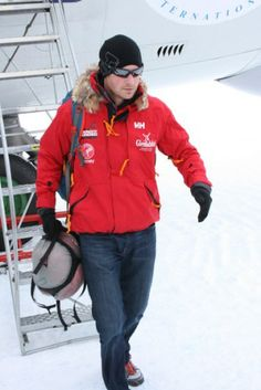 Noblesse & Royautés:  Prince Harry has arrived at the South Pole for his trek with Walking with the Wounded