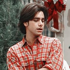 Tio Jesse, Jesse From Full House, John Stamos, He's Beautiful, Funny Memes, Men Casual, Writers, Mens Tops, Anime