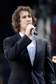 Josh Groban...he helped me appreciate classical music. <My most favorite musician!!♪