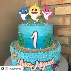 Shark Birthday Cakes, Baby Birthday, First Birthday Parties, Birthday Party Themes, Shark Cake, Shark Party, 1st Birthdays, Baby Shark, Pastel