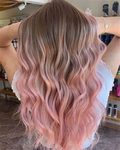 20 trendy long ombre rose gold color hair you can try <br> Rose gold hair is so sexy and gorgeous, we collected about 20 ombre rose gold hair styles for girls.if you are looking for it,you can save it and share it. Gold Hair Colors, Hair Dye Colors, Ombre Hair Color, Hair Color Balayage, Cool Hair Color, Pink Hair Highlights, Pink Hair Streaks, Ombre Hair Dye, Light Hair Colors