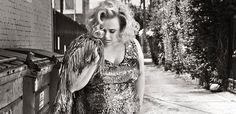 Rebel Wilson spune nu imaginilor nud - http://www.101zap.com/2016/05/29/rebel-wilson-marie-claire-uk/ - Rebel Wilson apare pe coperta numarului din iulie al editiei britanice a revistei Marie Claire. Actrita in varsta de 36 de ani a pozat pentru Alexei Han si a vorbit despre copilaria ei, despre scenele nud, despre relatii, si despre lumea hollywoodiana. Despre copilarie: eram neobisnuit de... - #Interviu, #MarieClaireUK, #RebelWIson