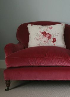 Home Interior Salas Velvet Red with my Roses perched on top is such a gorgeous combination for any home! How would you use sumptuous velvet in your vintage look? Shabby Chic Furniture, New Furniture, Red Velvet Chair, Velvet Chairs, Red Cottage, Ivy House, Sleeper Sofa, Living Room Sofa, Soft Furnishings
