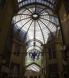 Oradea - Le Palais l'Aigle Noir, arch. Komor Marcell et Jakab Dezsö, 1907-1908, la galerie vitrée. © Musée de Pays des Cris, Oradea