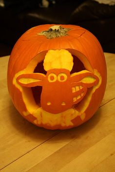 2011 - Holly's Shaun the Sheep pumpkin by seagullboy, via Flickr