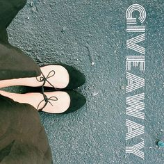 GIVEAWAY TIME! Ready for some LIVE SESSION OF SHOE SHOPPING with me? We'll shop on my favorite online store I'm giving away 2 pairs of shoes one for you and one for your Bestie! #parlagiveaway  Follow the easy steps below to enter:  1. FOLLOW me @motaparla  2. LIKE this post  3. TAG YOUR BESTIE below with whom you will share this price!  Open to the United States and Dominican Republic. No purchase necessary. All entries must be completed by 3/9/16 11:59PM EST. Private accounts must be made…