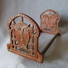 SOLD....Antique c1910-20s Arts & Crafts Expanding Bookends with Owl