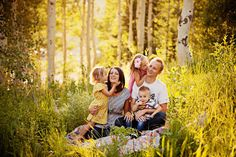 40 Family Picture Ideas
