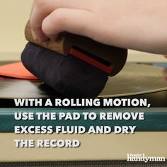 Cleanliness is a key part of maintaining your records. Keep your records clean so your jam session is top-notch! Here we'll walk you through how to clean vinyl records the best way. Natural Cleaning Solutions, Natural Cleaning Products, Records Diy, Diy Home Repair, Workbenches, God Prayer, Diy Videos, Cleaning Hacks, Helpful Hints